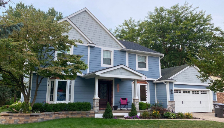 Northville Homeowners Replace their Outdated Aluminum Siding