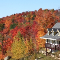 Top Home Exterior Maintenance Tips for Your Michigan Home This Fall